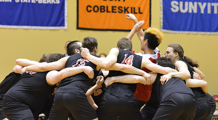 Men's Volleyball Swept By D'Youville In NEAC Semifinals