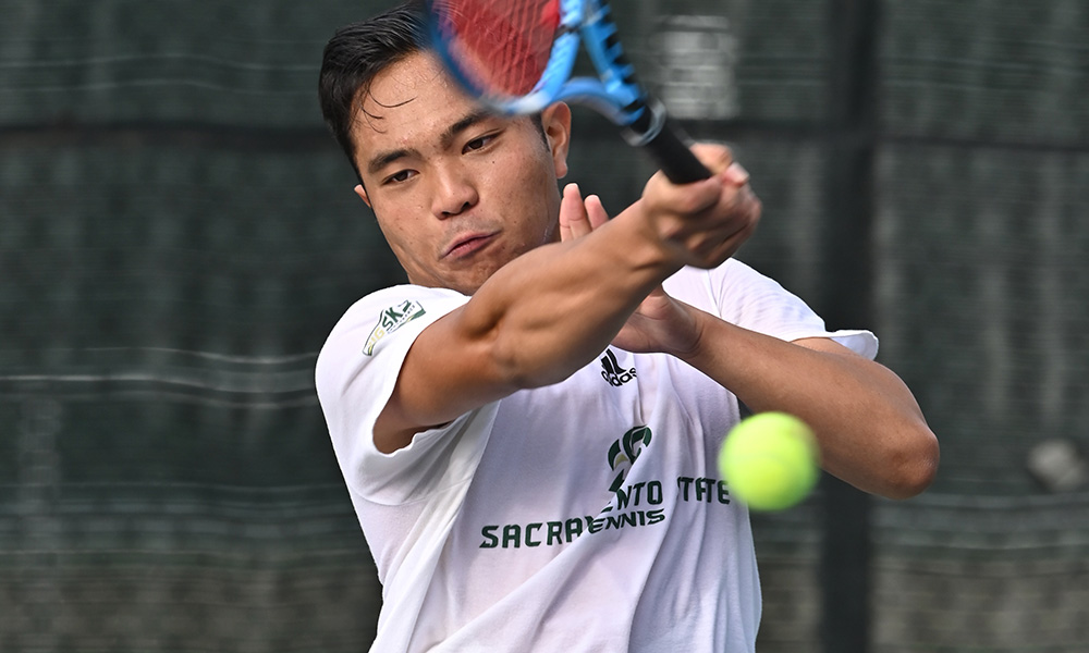 MEN'S TENNIS FALLS ON THE ROAD TO 15TH-RANKED CAL