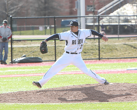 Bison baseball concludes spring break trip with close games against No. 25 Washington and Jefferson
