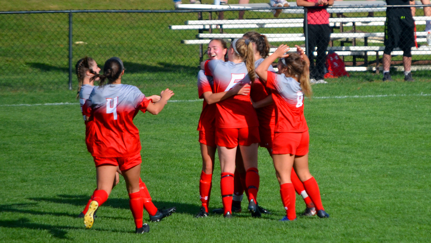 Mitchell's goal leads women's soccer team to 1-0 win over Heidelberg