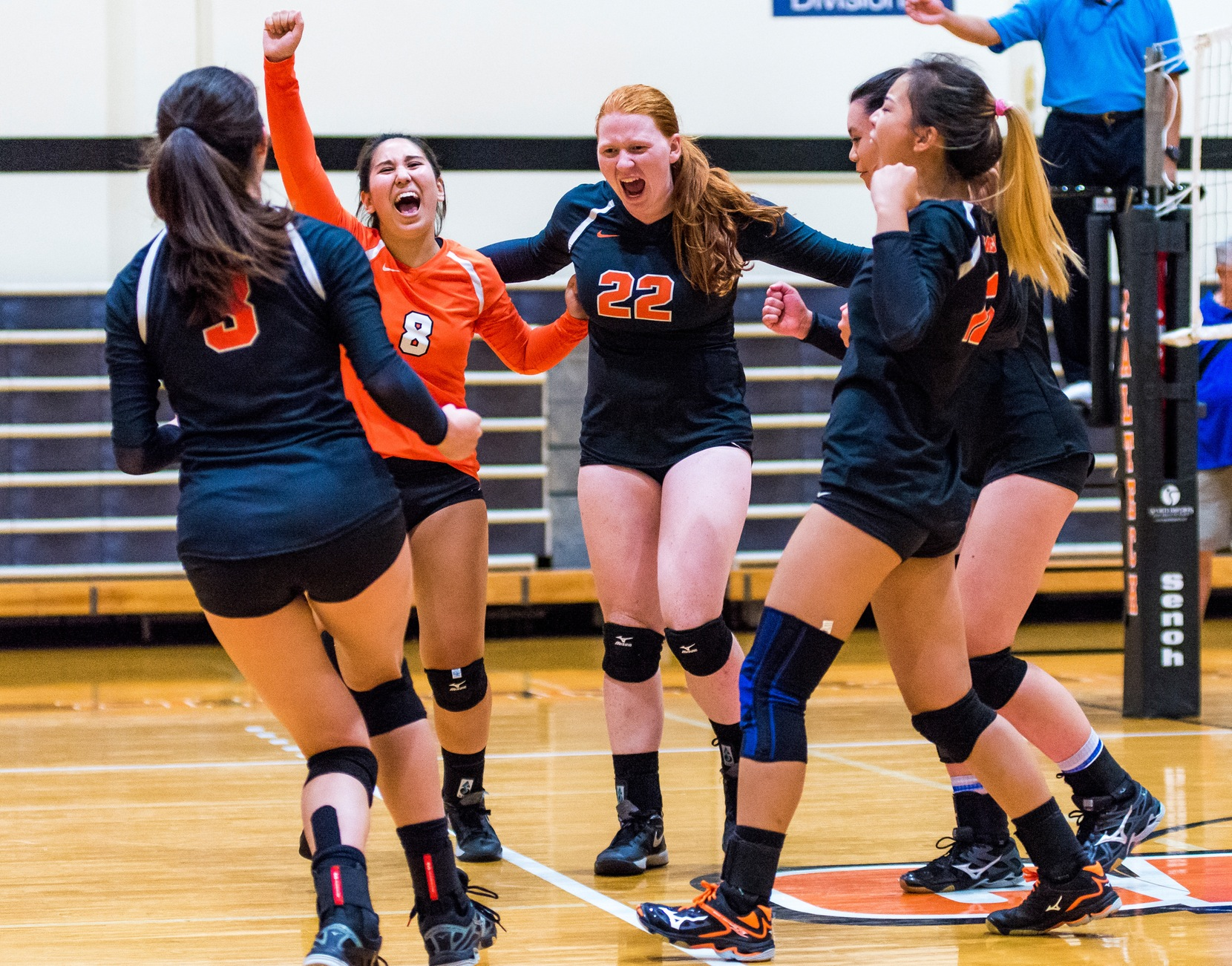 VOLLEYBALL VICTORIOUS IN SCIAC AT LAST!