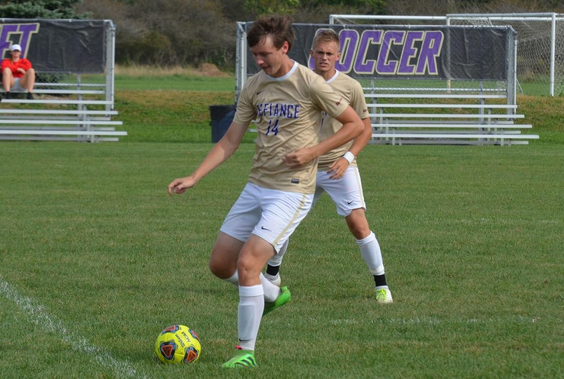 Early Goal Leads to Yellow Jacket Loss at Earlham