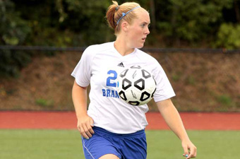 Women's soccer makes early goals stand up in 2-1 win over NYU in regular-season finale
