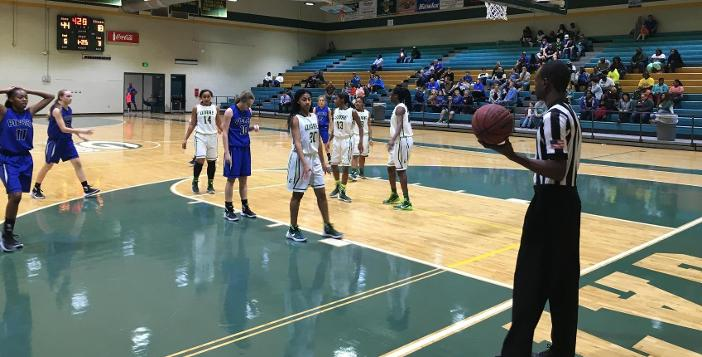 Lady Gators Cruise Past Pierce, 54-20