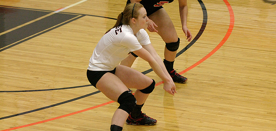 Volleyball Sweeps Muskingum and Kenyon at R-H Invite