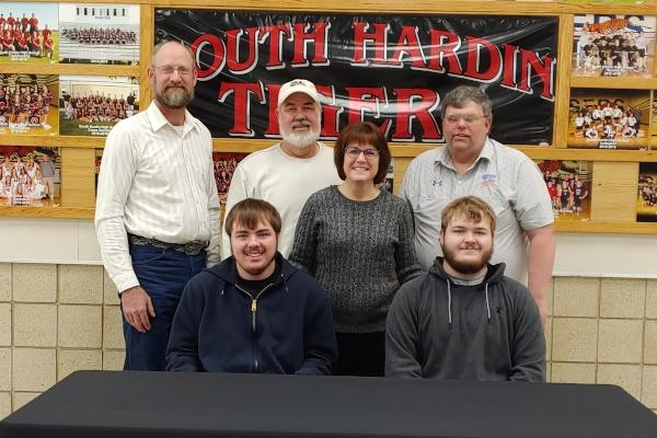 RedTail Sports Shooting Signs South Hardin Siblings