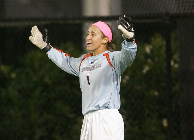 In Goal, Henninger Aids USA in Swiss Shutout
