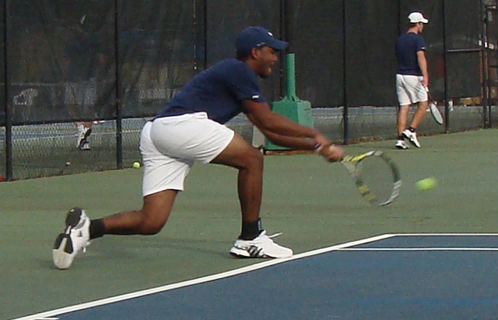 Young Harris Slips Past GSW Tennis