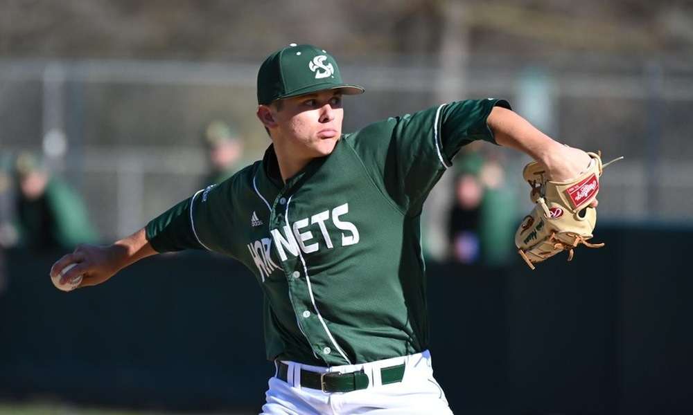 BASEBALL SWEEPS DOUBLEHEADER FRIDAY WITH BACK-TO-BACK SHUTOUTS AGAINST TOWSON