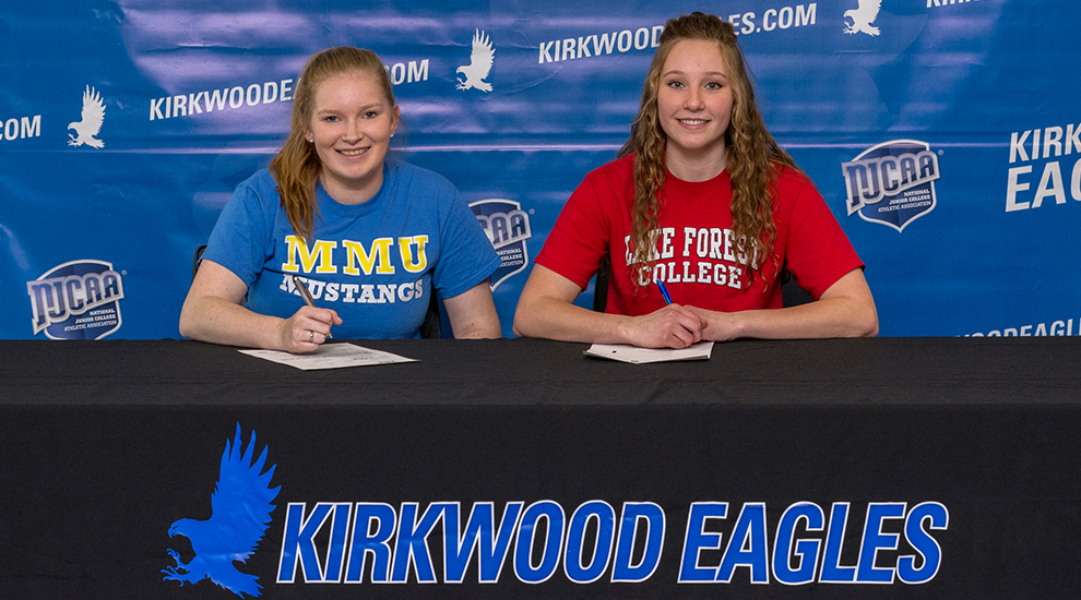 Photo for Two more Eagles sign to continue volleyball career