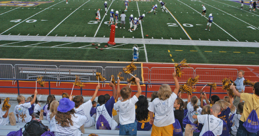 Knoxville youth take in Tech football practice