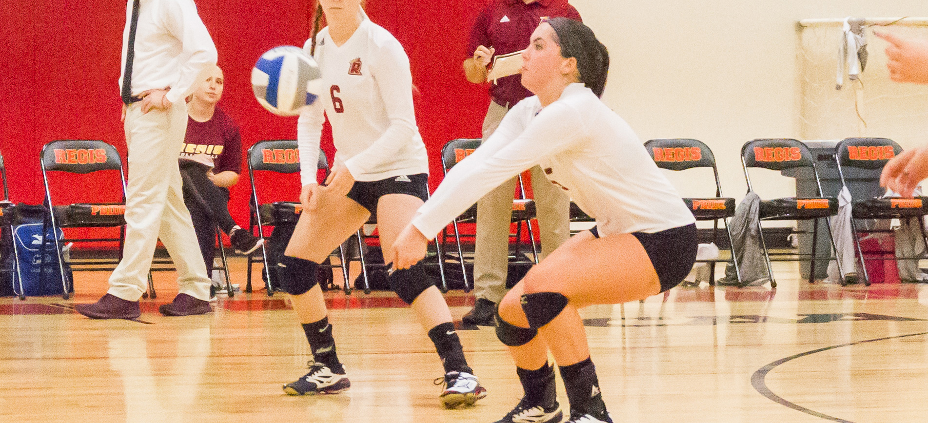 Women's Volleyball Turns Back Norwich In Four Sets