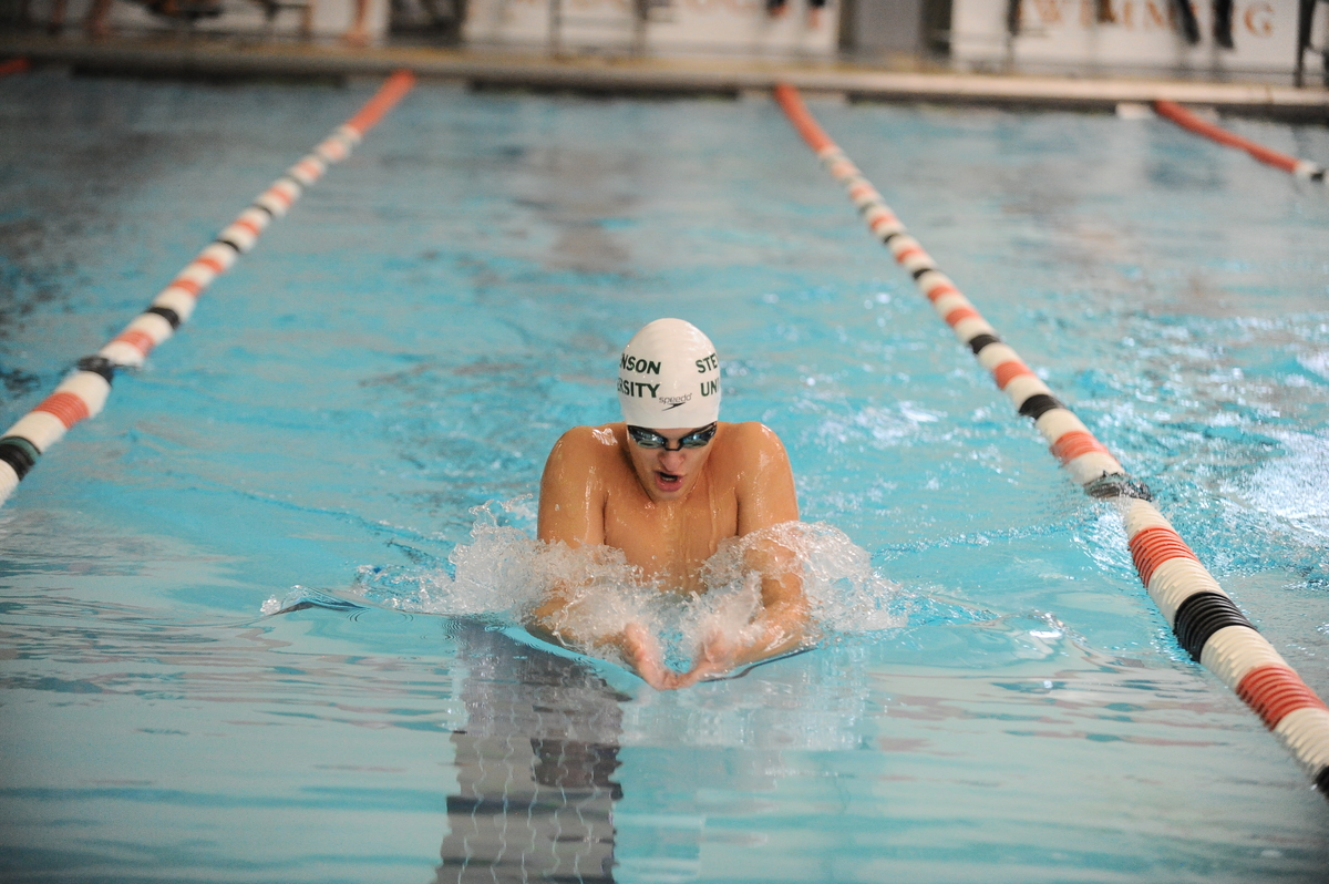 Sears Finishes Third in 200 Yard Breaststroke at MAC Championships