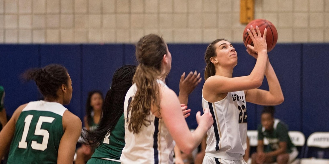 Women's Basketball Closes Road Slate with 52-37 at Rivier