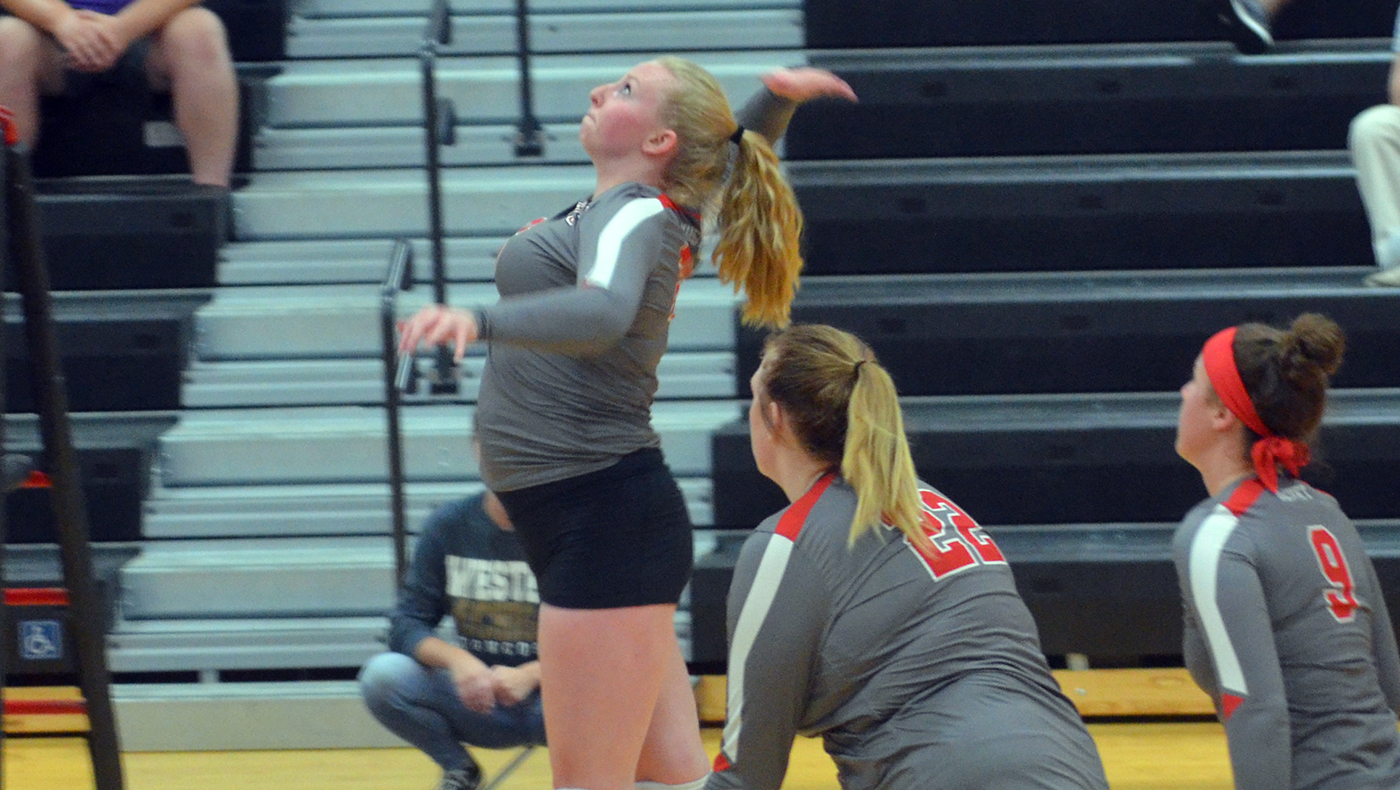 Women's volleyball team drops four-set match at Albion