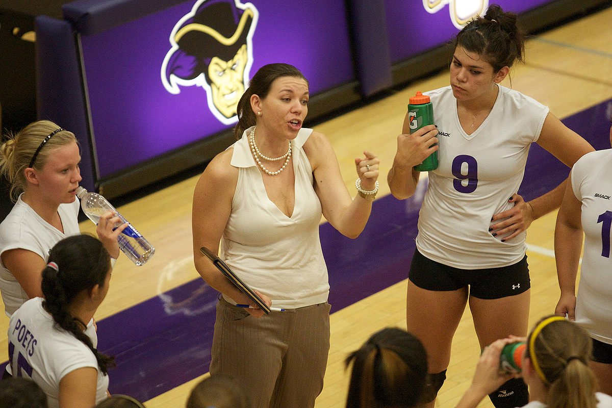 Ali Oliver resigns as volleyball coach