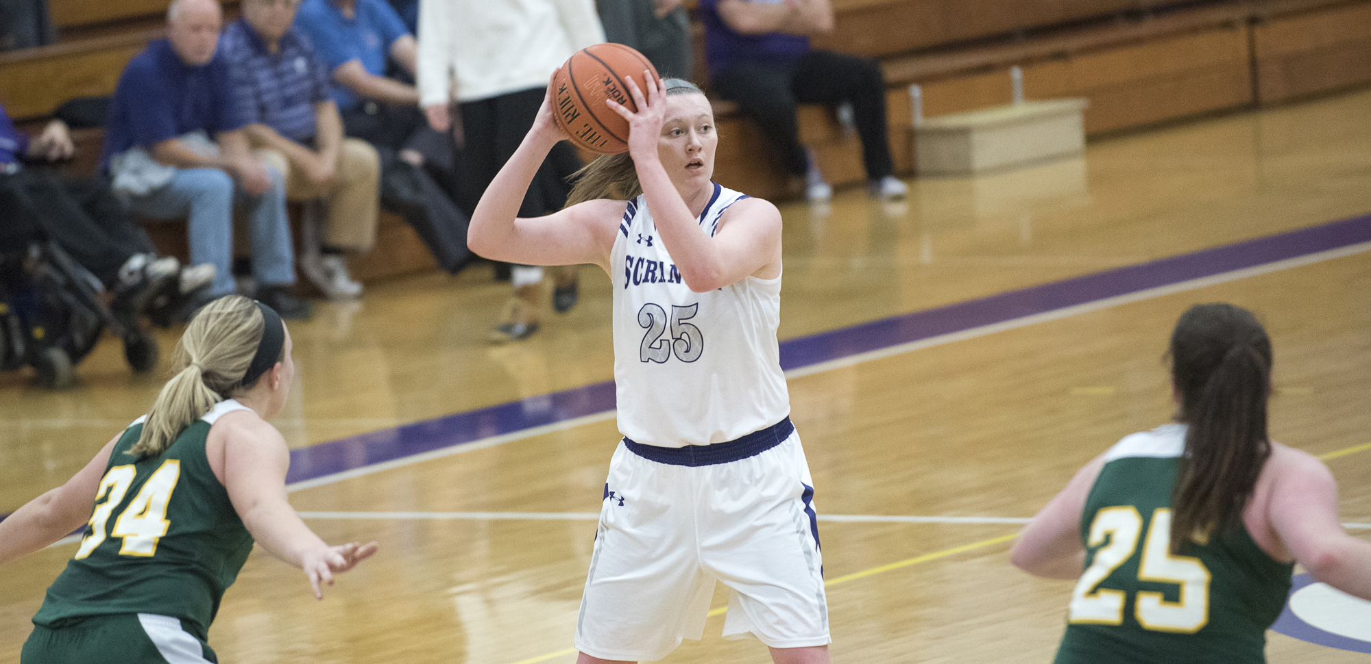 Senior Katie Feehery scored in double-figures in both games as the women's basketball team won twice last week.