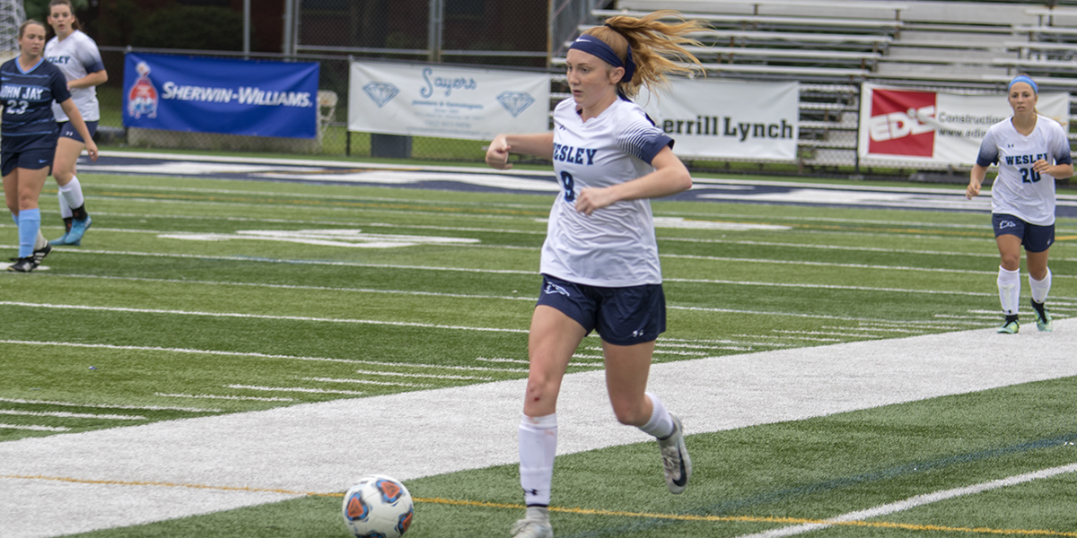 Forsythe scores as women's soccer drops first game of season to Albright