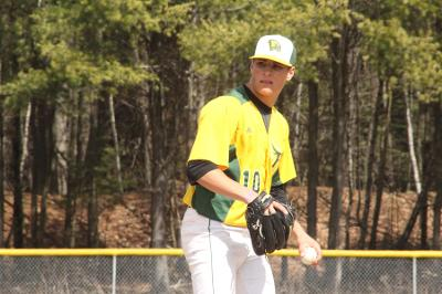 Fitchburg State Splits a Doubleheader with Vassar to Open Spring Break Trip