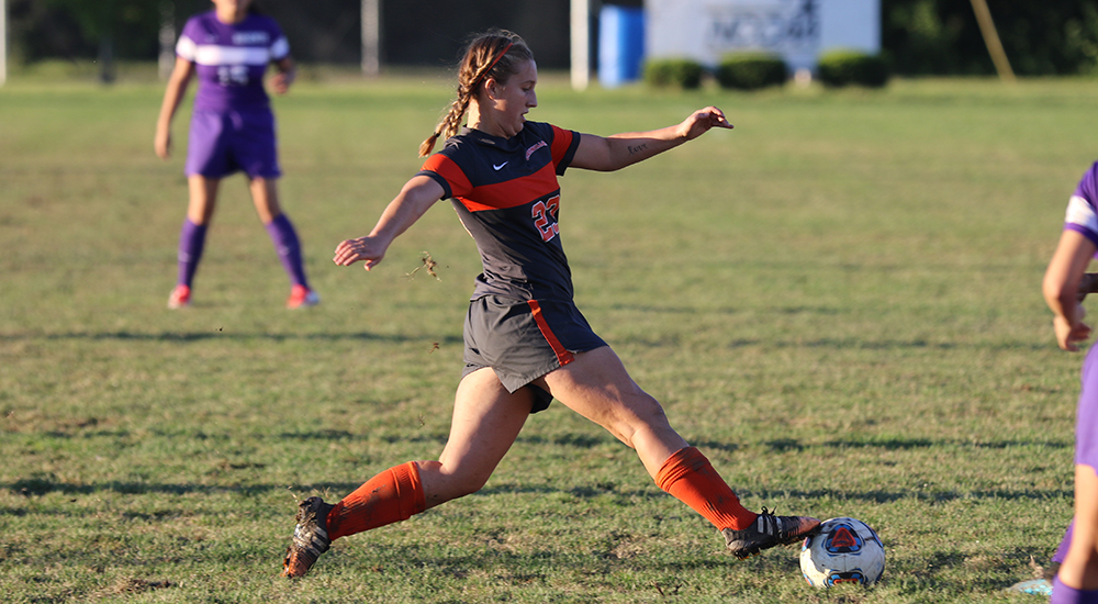 Women's soccer routs Lincoln Christian
