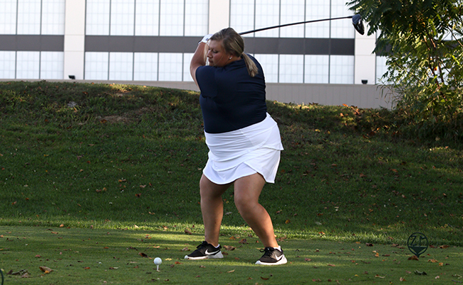 Kelly Leads Women's Golf at Olivet Campbell Invitational