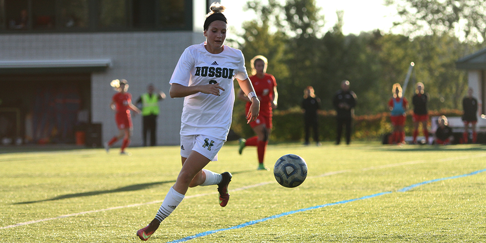 Women's Soccer Shuts Out Terriers 4-0
