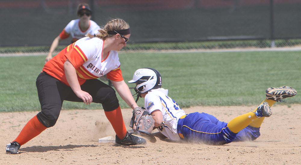 Softball offense stifled against Trine
