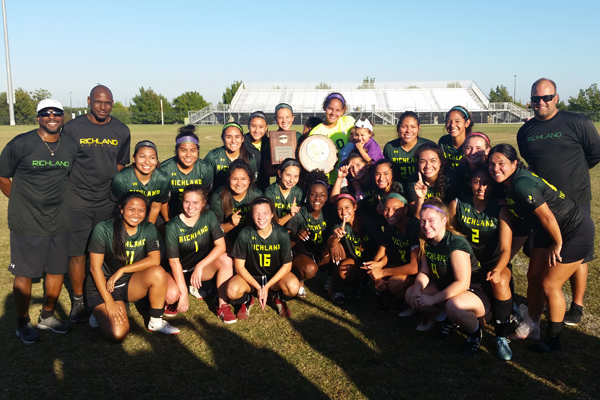 Richland wins DAC Women's Soccer Tourney