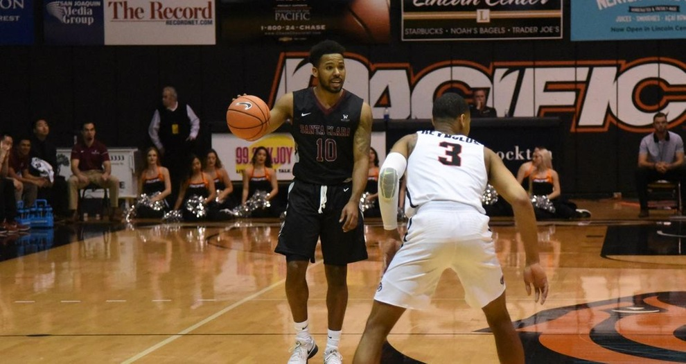 Men's Basketball Pulls Off Impressive Road Win, Downs Pacific, 72-68