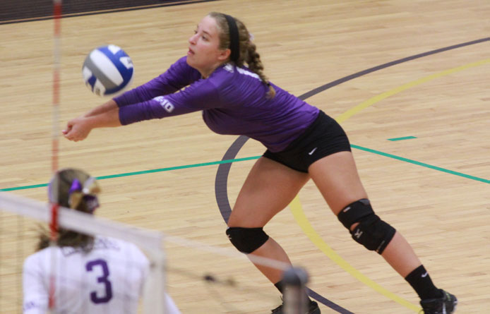 Women's volleyball falls to perennial power New Haven, 3-1, Moore reaches 800 digs