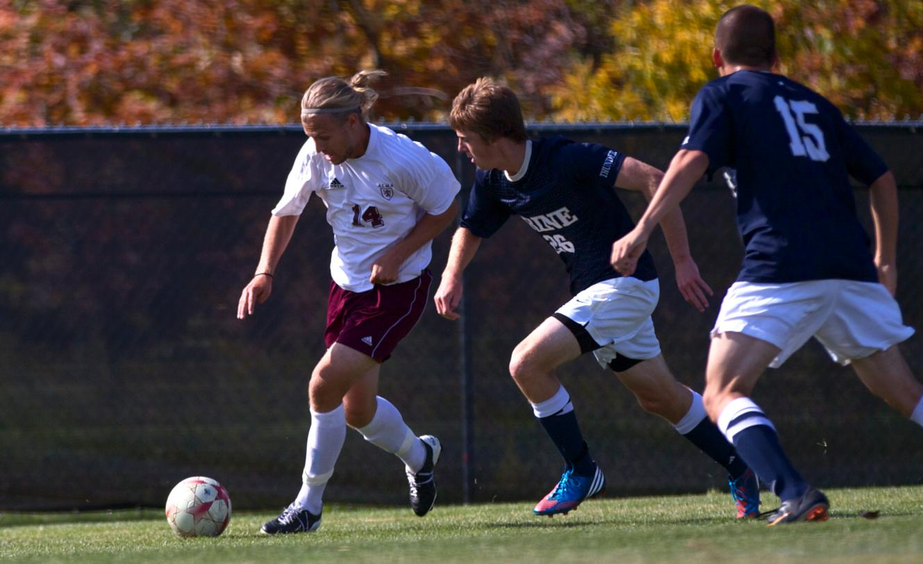 Men's Soccer loses to #7 Olivet College 3-0 on Tuesday afternoon