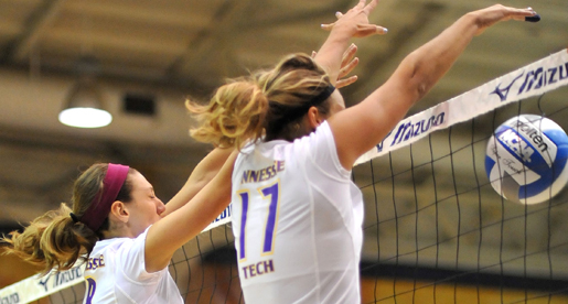 Volleyball goes point-for-point against Western Kentucky