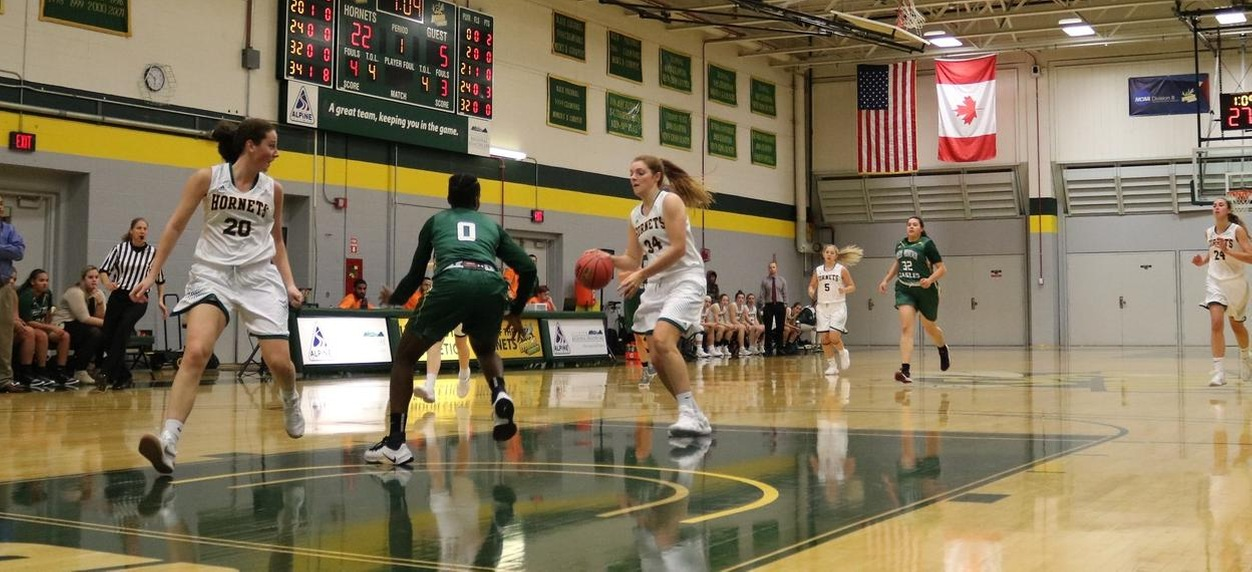 Hornet women work overtime at Maine-Farmington to remain unbeaten in NAC