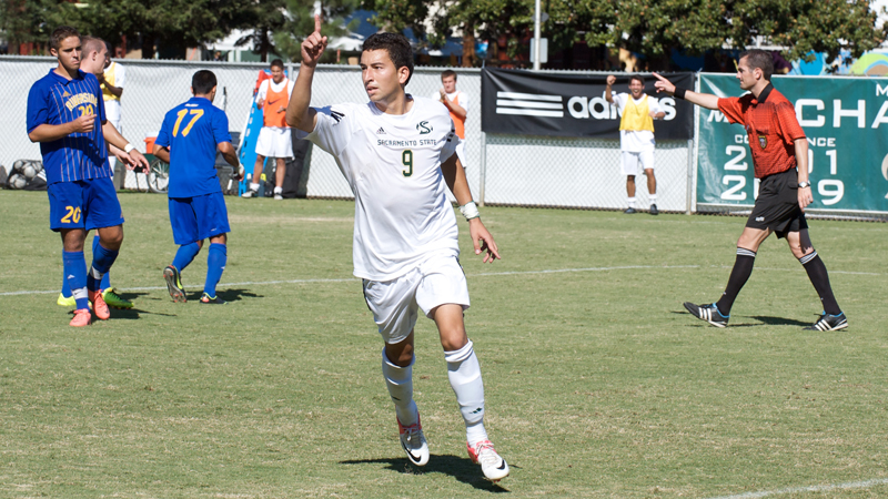 MEN'S SOCCER IMPROVES TO 4-0 IN BIG WEST PLAY WITH 1-0 WIN OVER UC RIVERSIDE