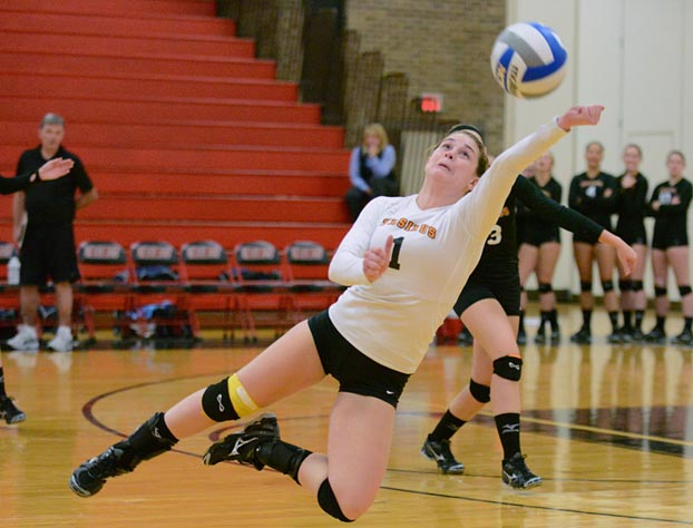 Volleyball drops 3-1 match to Bryn Mawr