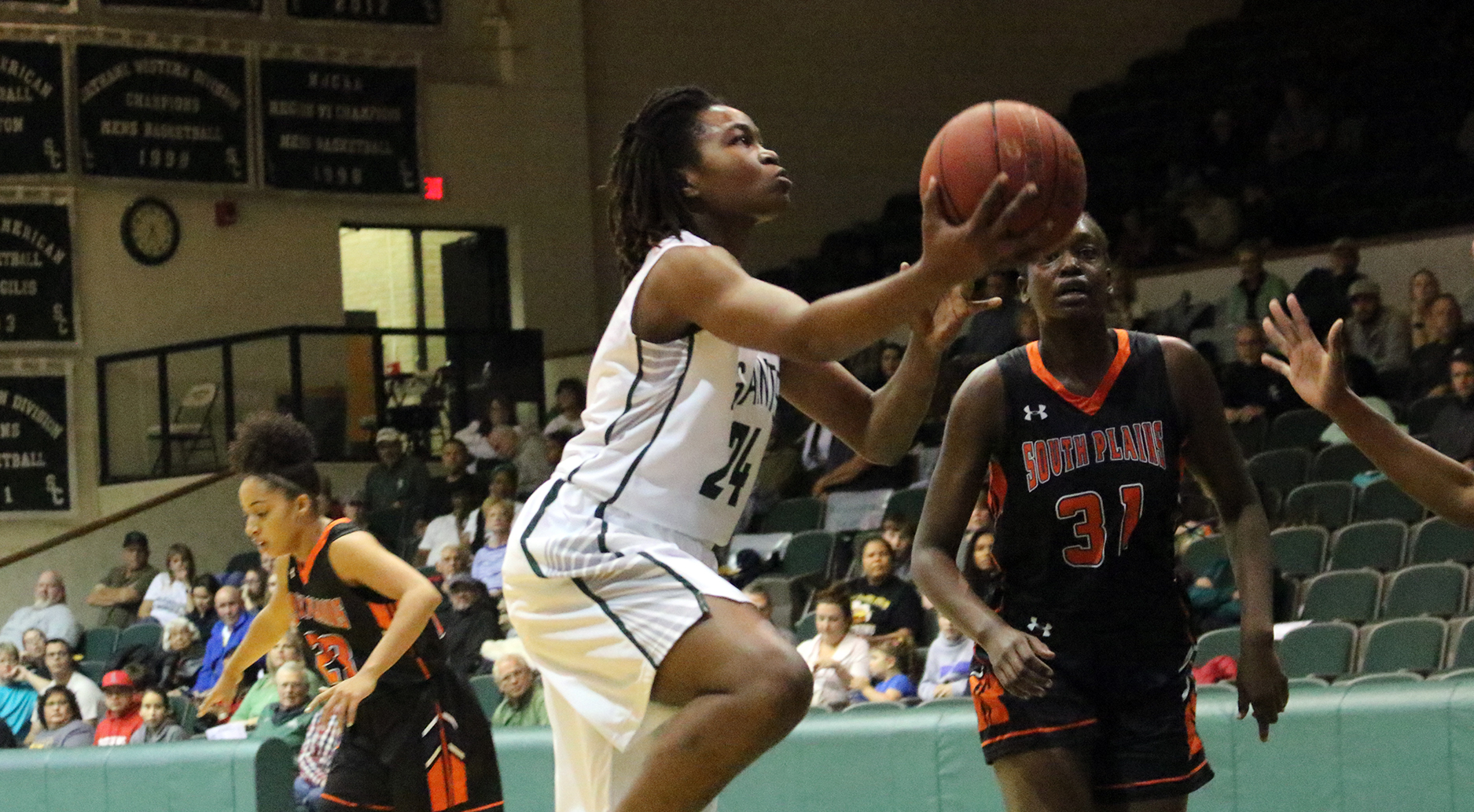 Lady Saints Overcome 11-Point Deficit to Defeat No. 15 South Plains