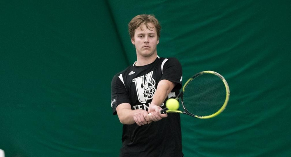 Men's Tennis Picks Up 6-1 Victory Over UIC To Begin #HLMTEN Play