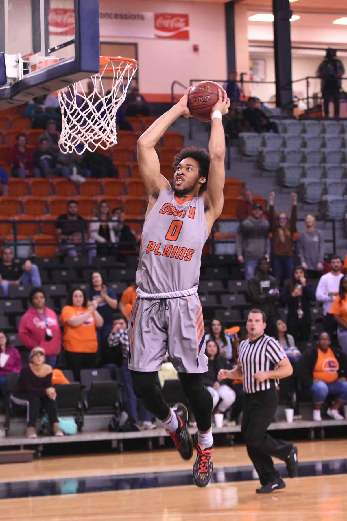 Corprew scores 27 as Texans overcome late deficit to oust Western Texas 78-76 Thursday at the Texan Dome