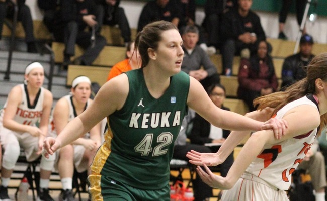 Abby Hess (42) had 8 points and 9 rebounds on Sunday