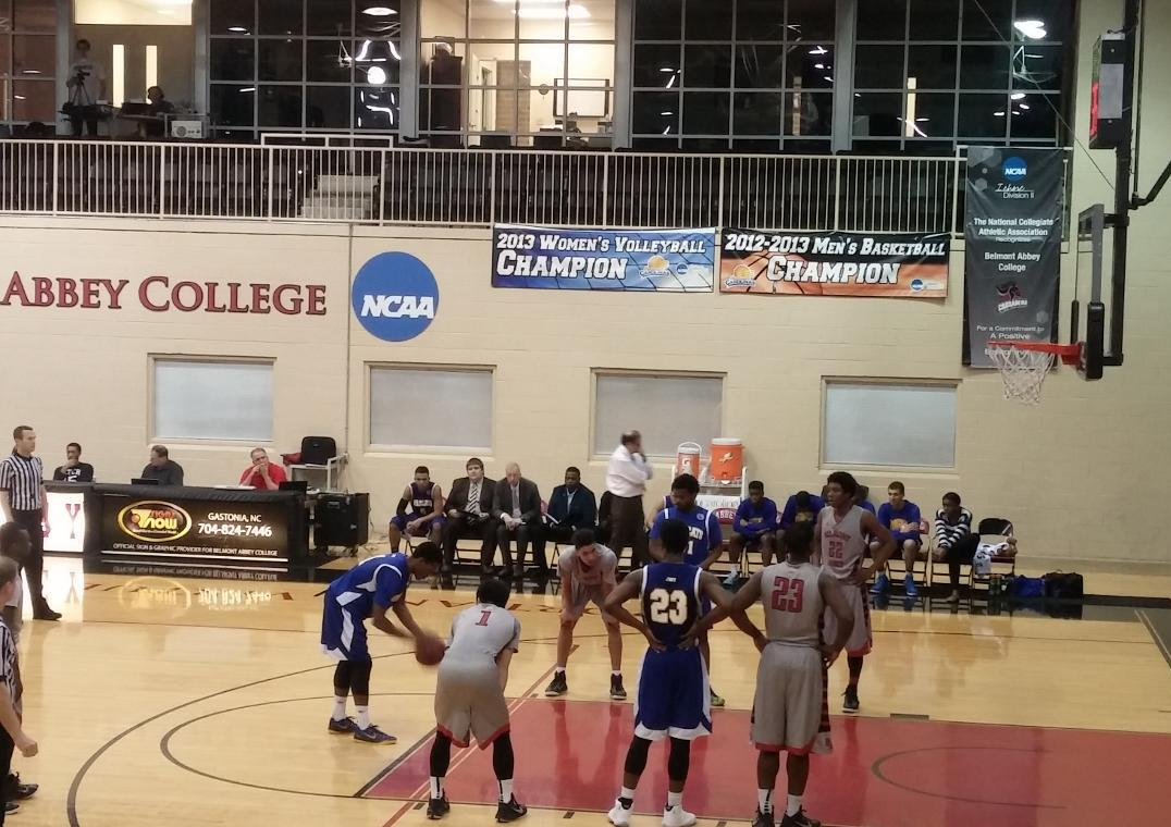 JWU Men's Basketball Loses Close One to Belmont Abbey College