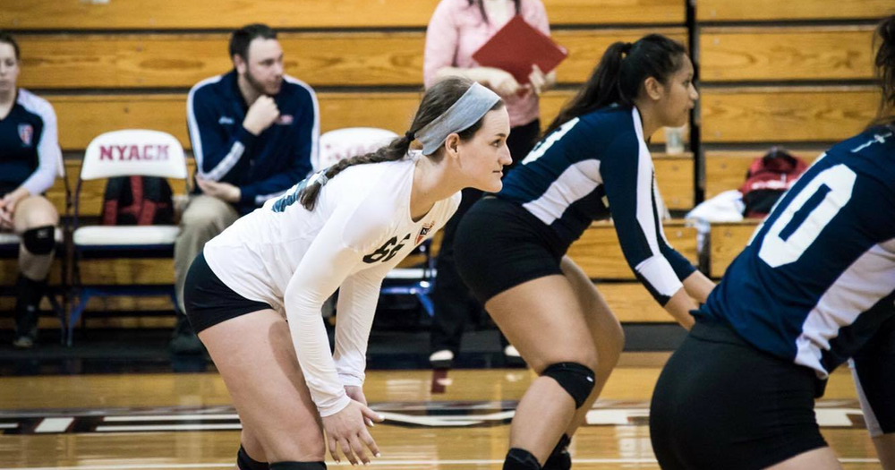 Women's Volleyball secures postseason spot with win over Felician, 3-0