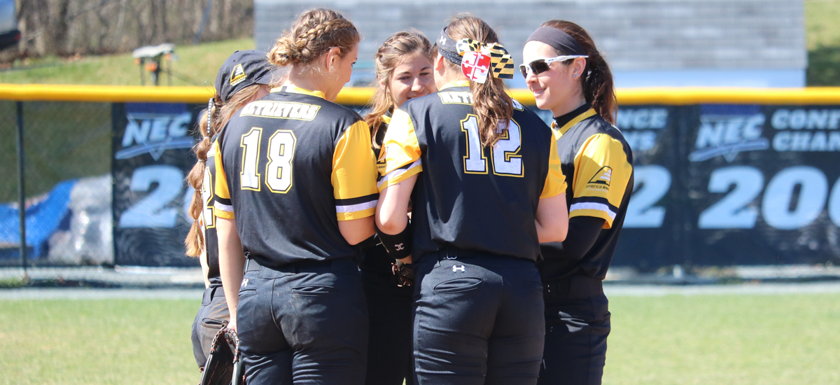 Softball Welcomes Stony Brook for Double Header on Wednesday Afternoon