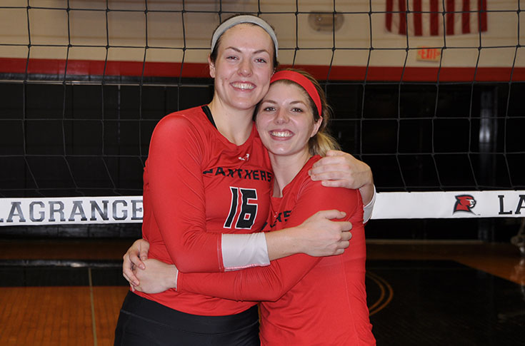 Volleyball: Panthers cap Senior Day with thrilling come-from-behind win over Agnes Scott