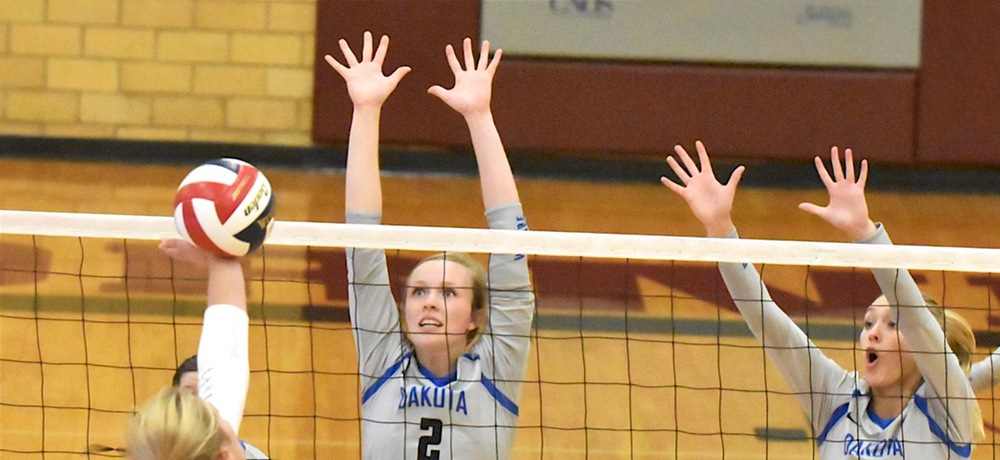 No. 9 Midland downs DWU in four sets