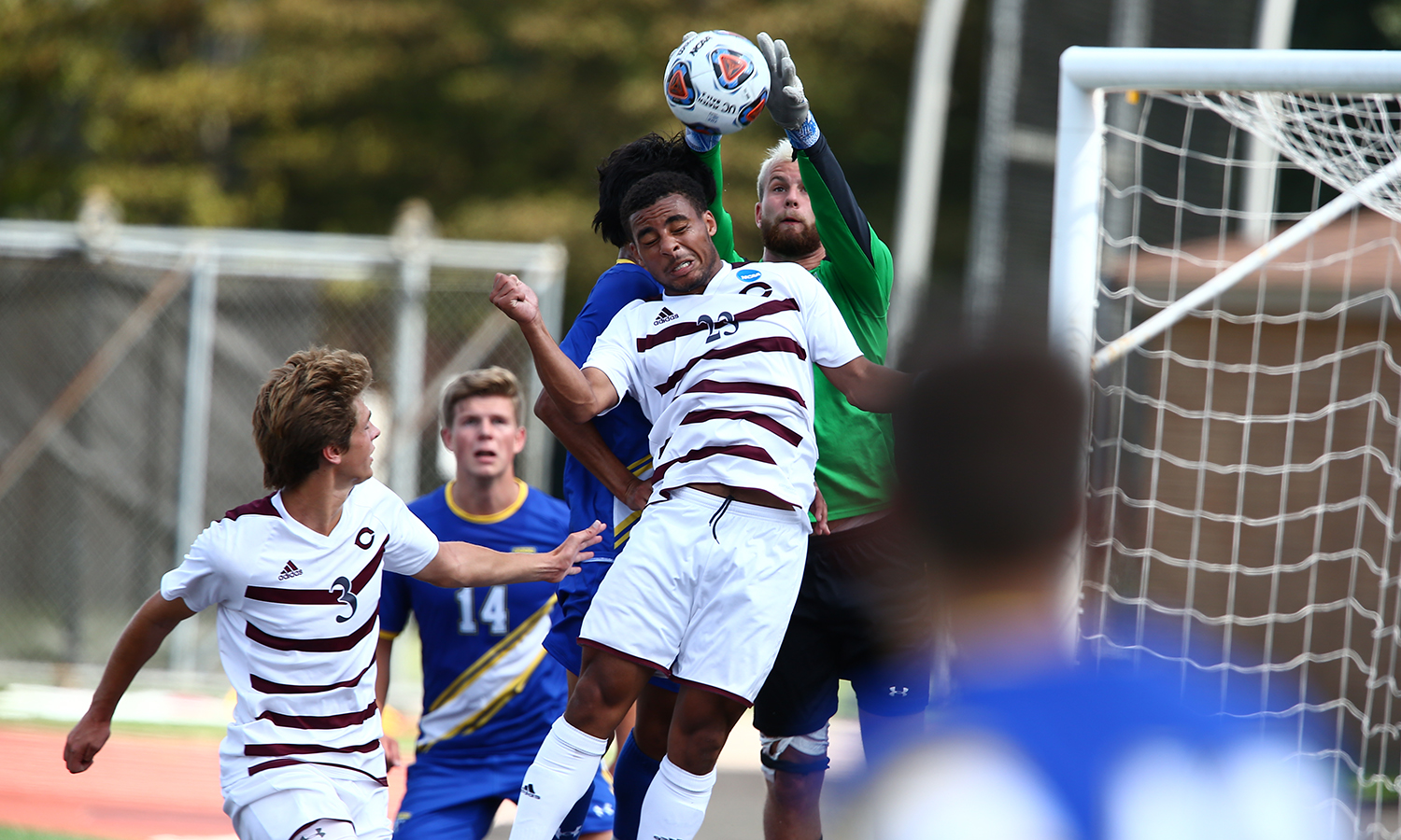 Second-Half Flurry Lifts UChicago Men's Soccer Past #21 North Park, 3-1
