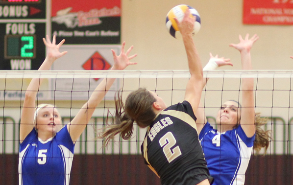 Lady Eagles Sweep Weekend Games