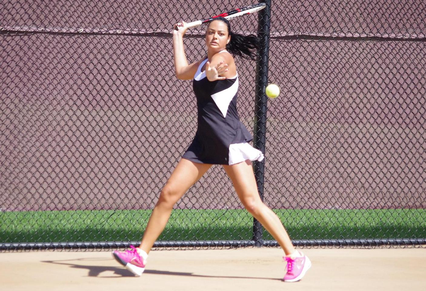 Women's Tennis Wraps Up Season at Case Western