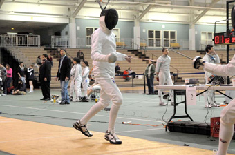 Men's fencing goes 1-3 with win over Brown at 2009 Brandeis Invitational