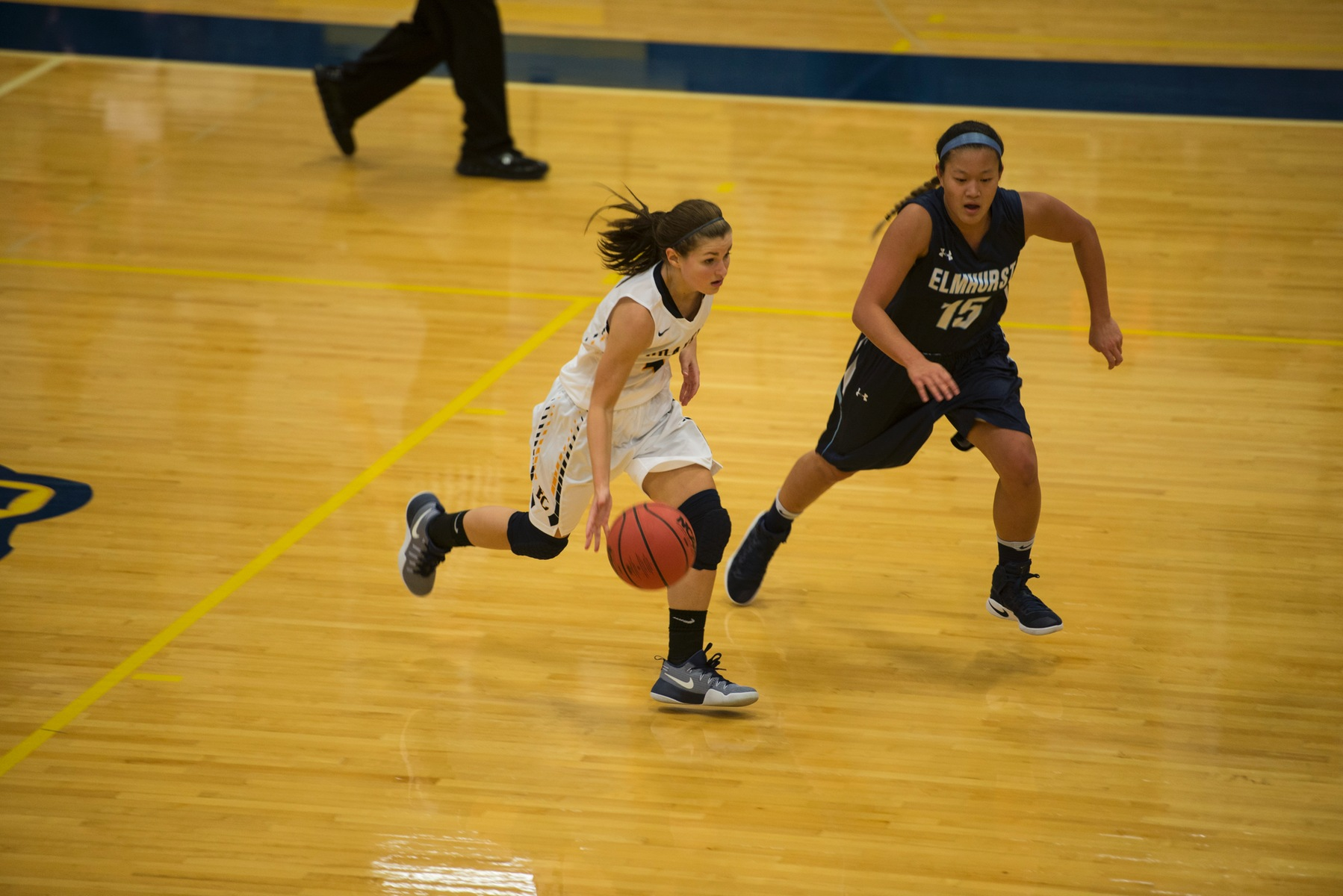 Women's Basketball Defeats Carroll University for First Win of the Season