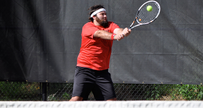 LC Men's Tennis Defeats Ferrum 5-2